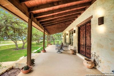 Boerne Single Family Home For Sale: 113 Spanish Pass