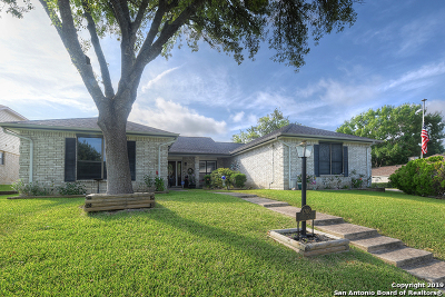 Schertz Single Family Home For Sale: 3700 Scenic Dr