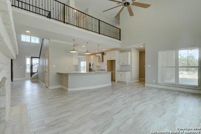 San Antonio Single Family Home New: 8111 Cedar Vista Dr