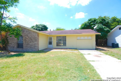 San Antonio Single Family Home New: 8239 Glen Lark
