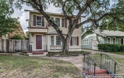 San Antonio Multi Family Home Active Option: 435 W Summit Ave