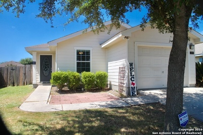 New Braunfels Single Family Home Back on Market: 519 Red Robin Dr