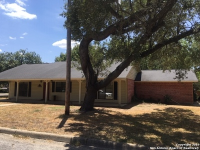 Pleasanton Single Family Home For Sale: 1203 Mockingbird Cir