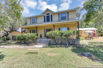Helotes Single Family Home Price Change: 19051 Bandera Rd
