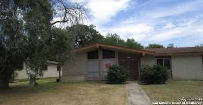 San Antonio Single Family Home New: 7202 Castle Gate