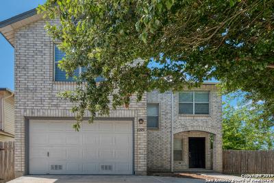 San Antonio Single Family Home New: 8225 Laurel Bend