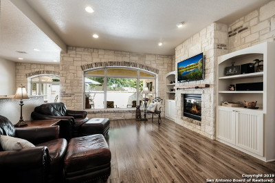 Boerne Single Family Home New: 404 English Oaks Circle