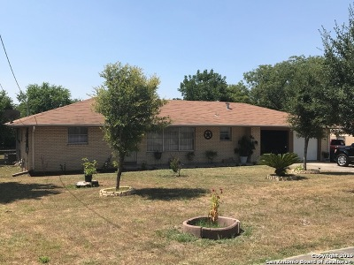 San Antonio Single Family Home New: 910 Sutton Dr