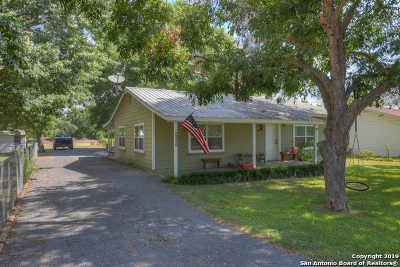 McQueeney Single Family Home For Sale: 236 Old San Antonio Rd