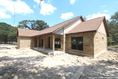La Vernia Single Family Home New: 311 Hickory Trail