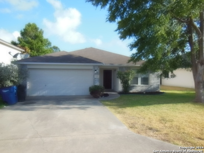 New Braunfels Single Family Home For Sale: 1620 Sunnycrest Circle