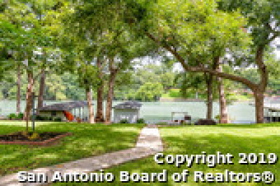 Guadalupe County Single Family Home New: 610 Woodlake Dr