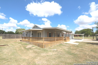 San Antonio Single Family Home New: 7233 Crow Rd