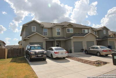 Selma Multi Family Home For Sale: 16831 Dancing Ava
