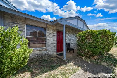 San Antonio Multi Family Home New: 8858 Meadow Trace St