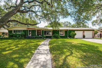 Castle Hills Single Family Home For Sale: 212 Carolwood Dr