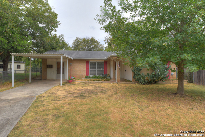 Schertz Single Family Home New: 221 Linda Ct