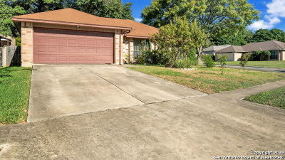 Live Oak Single Family Home For Sale: 11611 Forest Rain