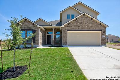 Schertz Single Family Home For Sale: 4604 Falling Oak