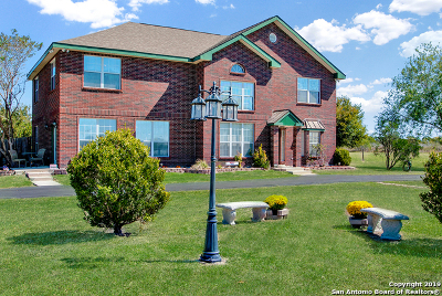 Single Family Home For Sale: 11409 Ware Seguin Rd