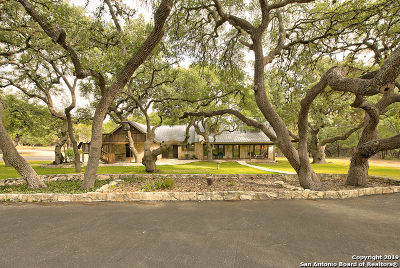 Spring Branch Single Family Home For Sale: 300 Flying R Ranch Rd