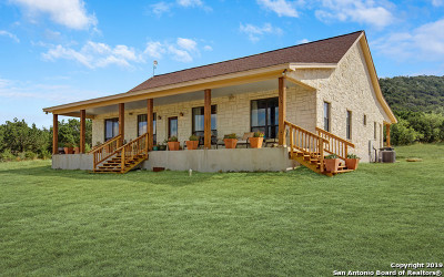 Bandera County Single Family Home For Sale: 1408 Bear Springs Trail