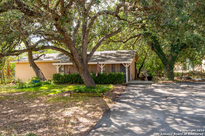 Single Family Home Active Option: 750 Redcloud Dr