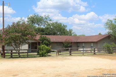 Stockdale Single Family Home For Sale: 5871 Fm 1107
