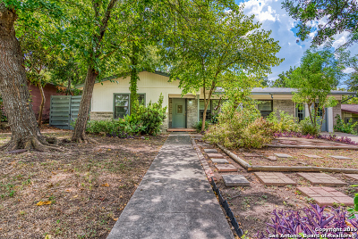 Single Family Home New: 134 Postwood Dr