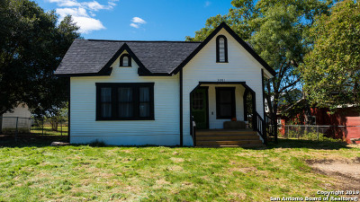 La Vernia Single Family Home New: 3201 County Road 357