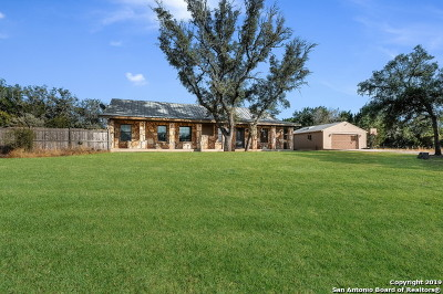 Bandera County Single Family Home New: 216 Oak Trail Dr