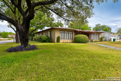 San Antonio Single Family Home New: 2555 W Kings Hwy