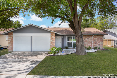 San Antonio Single Family Home New: 835 Saddlebrook Dr