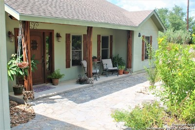 Comal County Single Family Home New: 1660 Soaring Eagle Dr