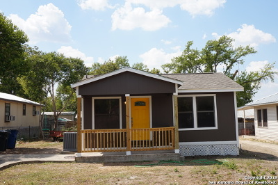 New Braunfels Single Family Home New: 218 S Peach Ave