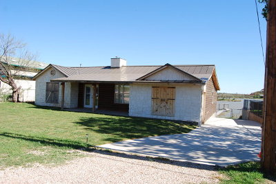 Lake Nasworthy, Lake Nasworthy Estates, Lake Nasworthy Group 2, Lake Nasworthy Lincoln Pk, Lake Nasworthy Point 1, Lake Nasworthy Red Bluff, Lake Nasworthy Shady Pt 2 Single Family Home For Sale: 2714 Red Bluff Ramp Rd