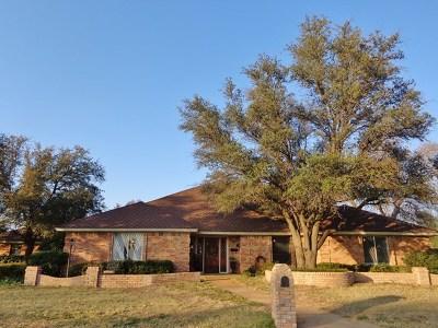 San Angelo Single Family Home For Sale: 2902 Oak Mountain Trail