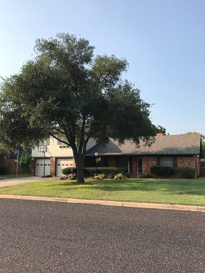 College Hills, College Hills South Single Family Home For Sale: 3002 Woodland Circle