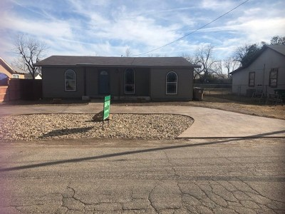 San Angelo Single Family Home For Sale: 27 W 37th St