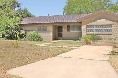 Ballinger Single Family Home For Sale: 108 Hamilton St