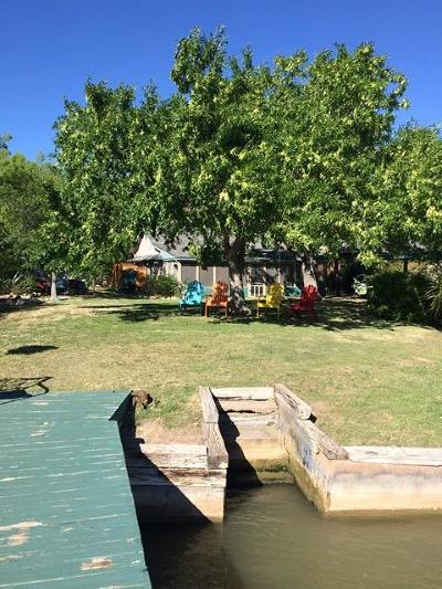 Lake Nasworthy, Lake Nasworthy Group 1, Lake Nasworthy Group 10, Lake Nasworthy Group 15, Lake Nasworthy Group 16, Lake Nasworthy Group 2, Lake Nasworthy Lincoln Pk, Lake Nasworthy Point 1, Lake Nasworthy Red Bluff, Nasworthy 2, Red Bluff Single Family Home For Sale: 2181a Gun Club Rd