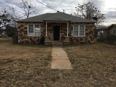 San Angelo Single Family Home For Sale: 25 E 30th St