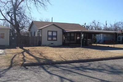 Single Family Home For Sale: 2405 Guadalupe St