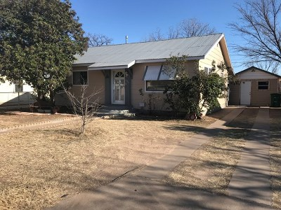 San Angelo Single Family Home For Sale: 205 E 14th St