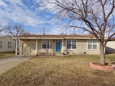 San Angelo Single Family Home For Sale: 226 River Oaks St