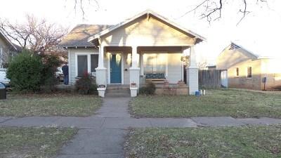 Ballinger Single Family Home For Sale: 304 N 8th St