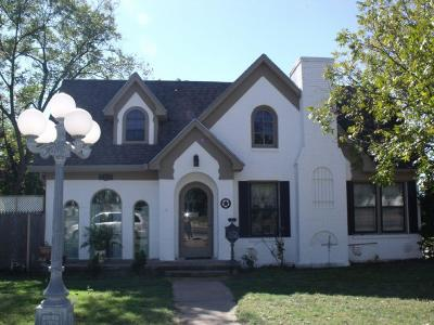 Ballinger Single Family Home For Sale: 703 N Broadway St