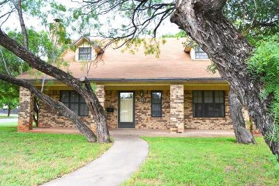 San Angelo Single Family Home For Sale: 1425 S Jackson St