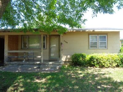 Single Family Home For Sale: 2706 San Antonio St