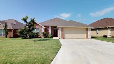San Angelo Single Family Home For Sale: 3933 Caroline Ln